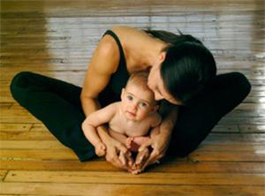 a476472379 A babás jóga egyértelmű előnyei: